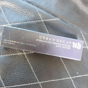 Urban Decay Anti-Aging Eyeshadow Primer NIB
